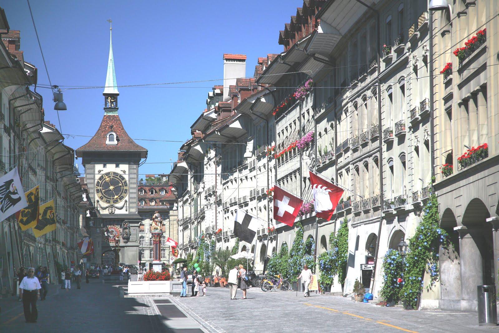 Midnight Macaroons: Bern, Switzerland